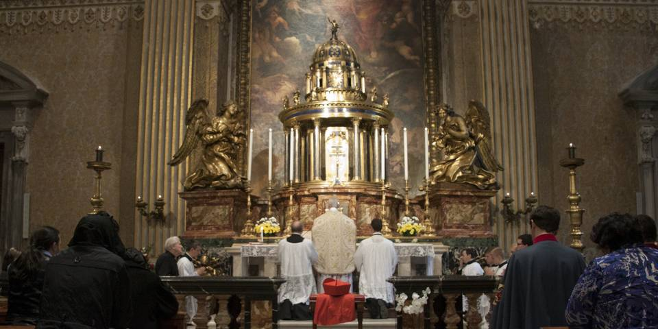 Blessed Sacrament Chapel in St Peter's Basilica