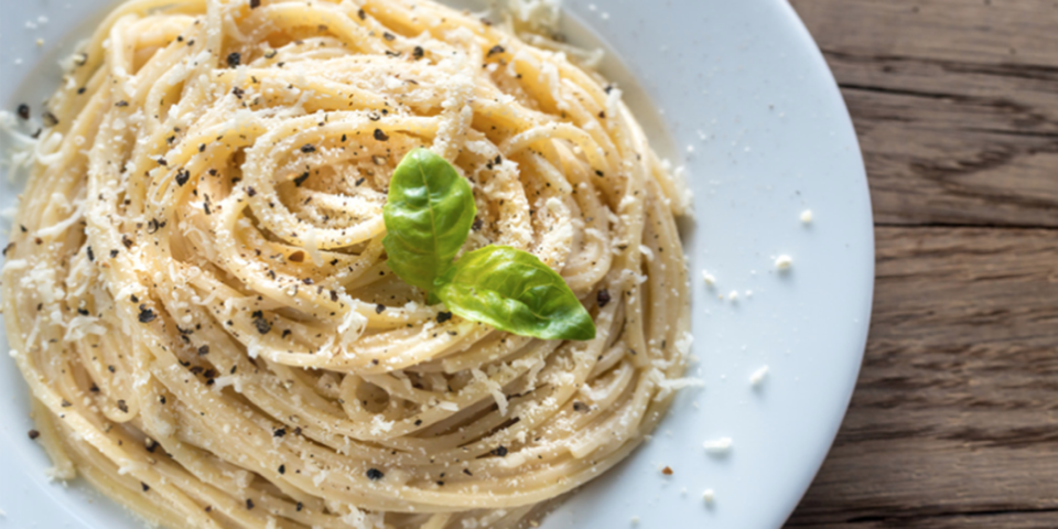 Cacio e Pepe Roman typical pasta