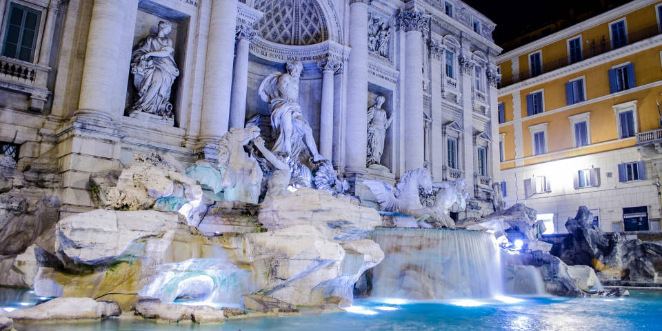 Fountain Trevi best time to see