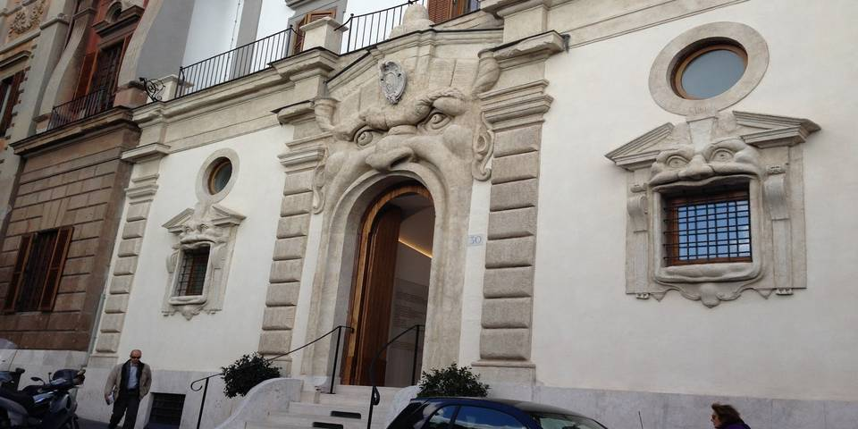 the monster house in rome