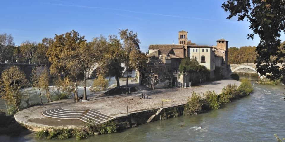 Isola Tiberina in Trastevere