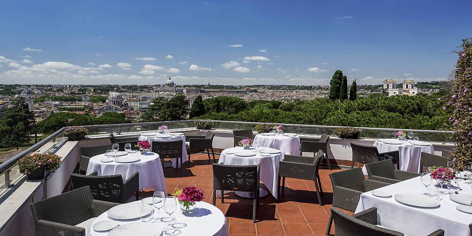 Best Rooftop Bars and Restaurants in Rome: romantic date, evening ...