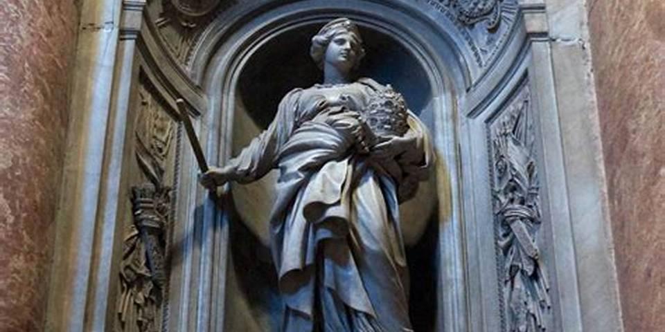 Monument to Matilda of Canossa in Vatican
