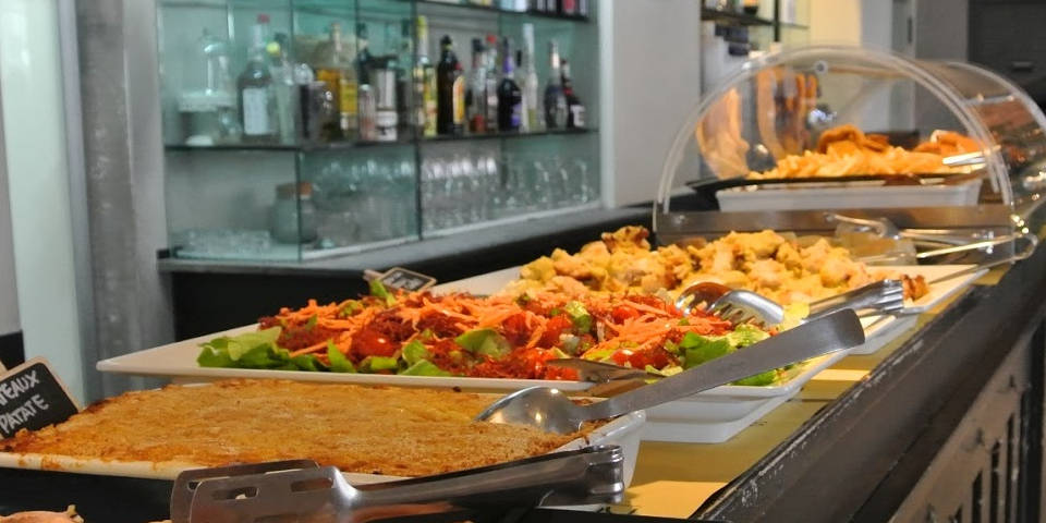 Rec 23 Cheap Buffet Aperitivo in Rome