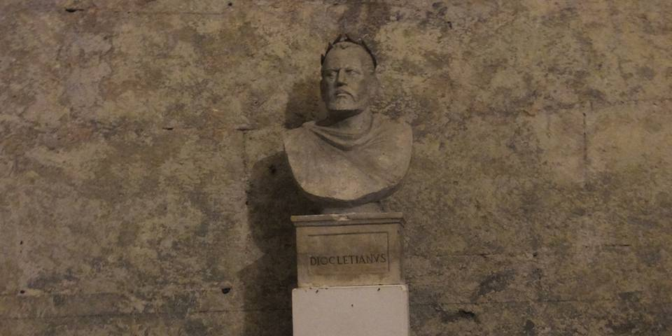 Diocletian - List of Roman Emperors
