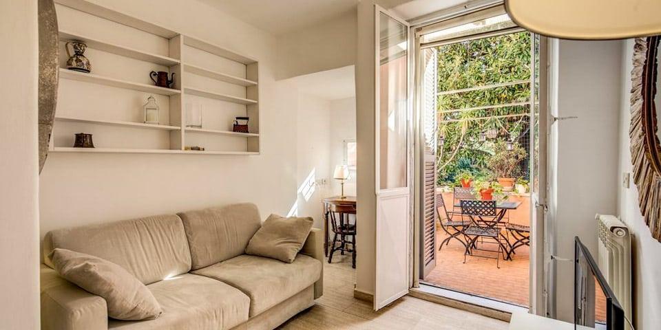 Romantic Trastevere Apartment in Rome