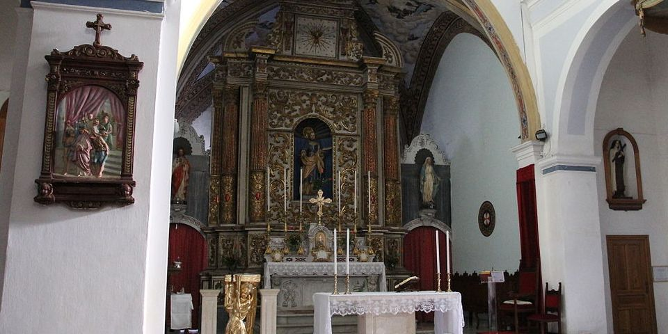 San Pietro in Vincoli in Rome interior
