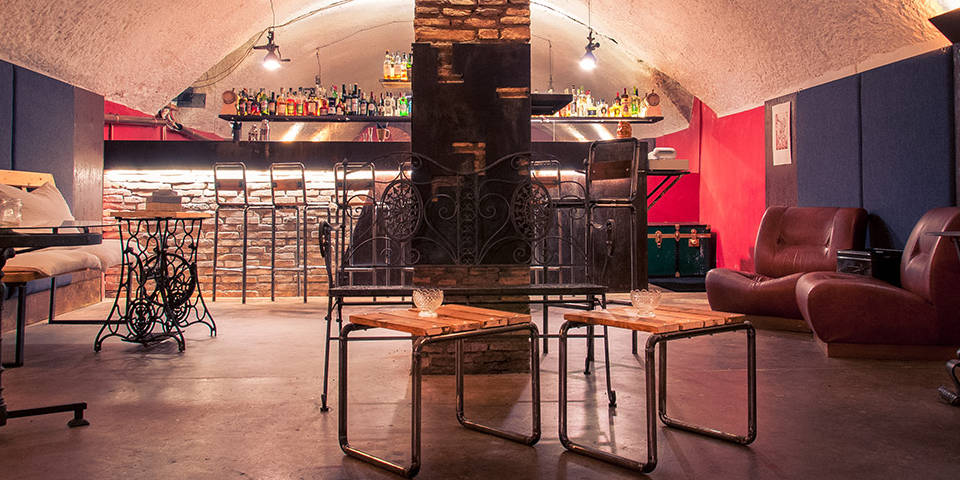 Circolo Coda di Gallo Speakeasy Bar in Rome