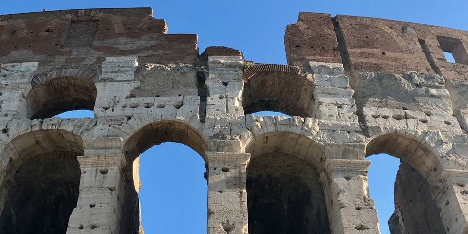 why the colosseum is broken