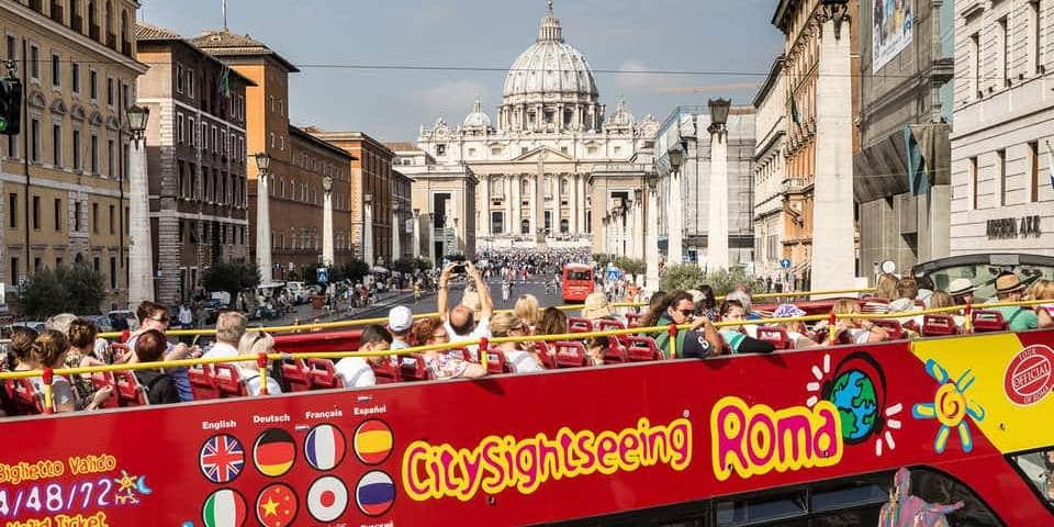 hop-on hop-off tour bus in Rome