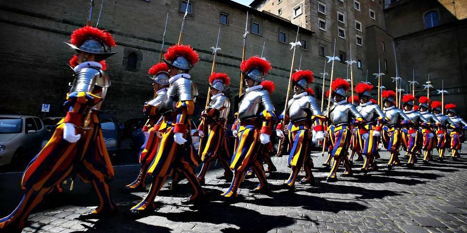 equipment of Swiss Guard