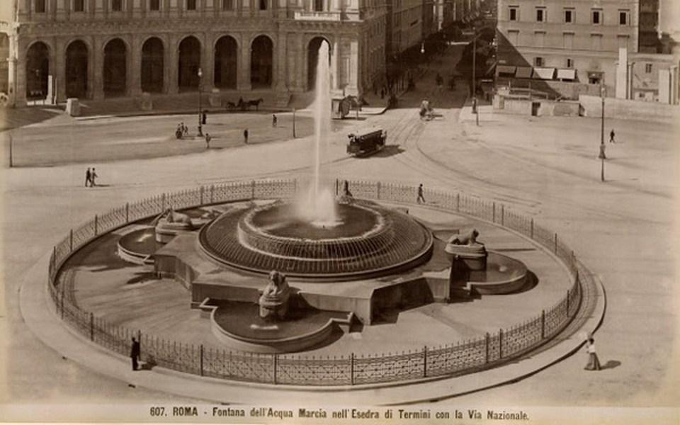 piazza della republica beginning of the 20th century