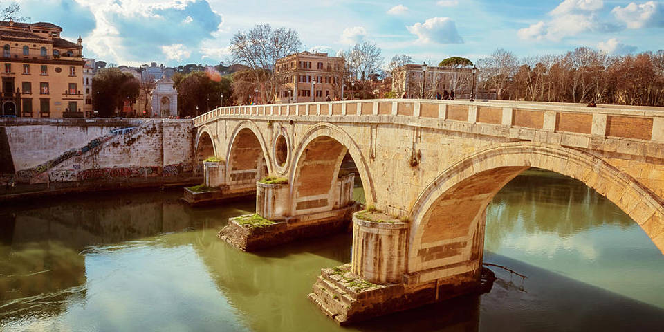Ponte Sisto Bridge in Trastevere in Rome