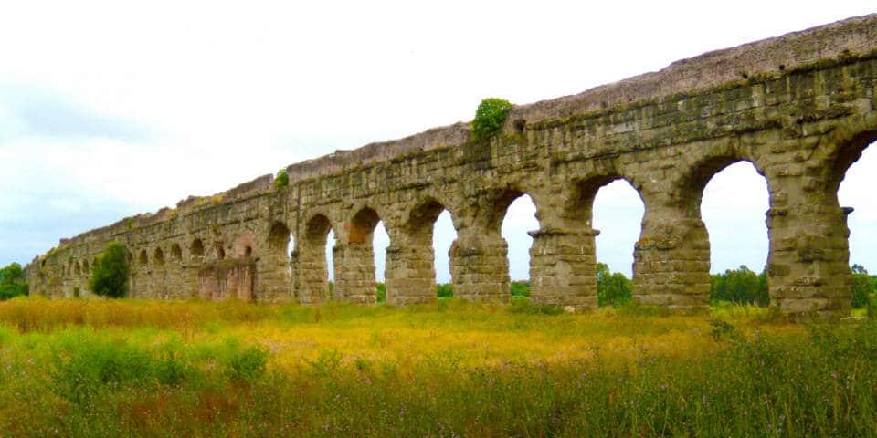 Roman aqueducts in Italy